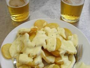 Patatas fritas (alioli)